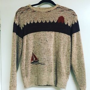Vintage sweater. Size Medium